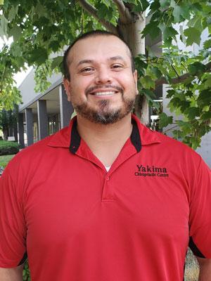 Chiropractic Yakima WA Rogelio Herrera Massage Therapist