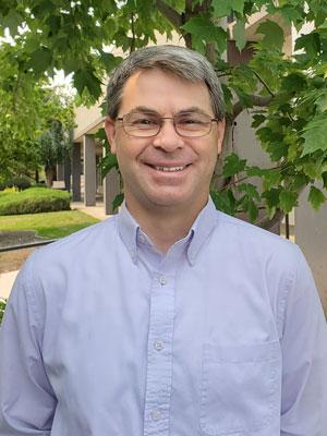 Chiropractor Yakima WA Mark Riomondo